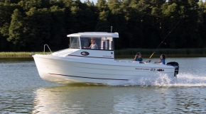 Smartliner 23 pilothouse